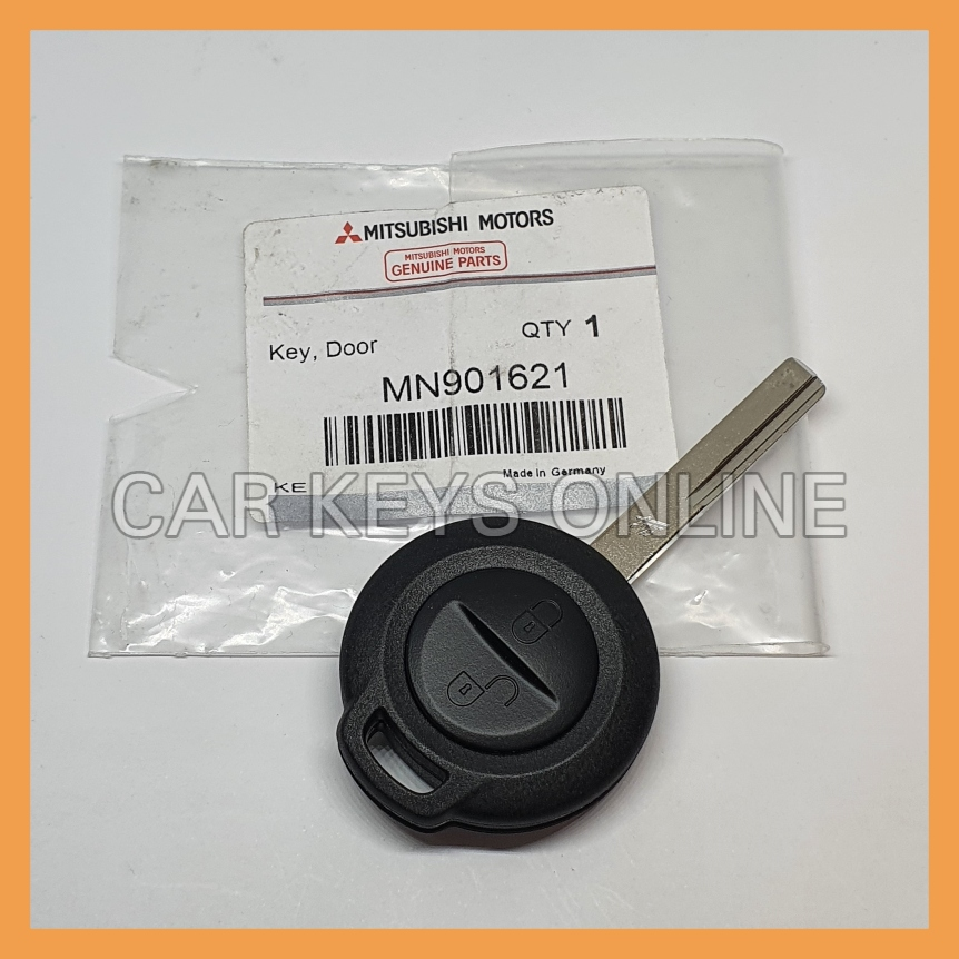 Genuine Mitsubishi Colt Remote Key (MN901621)